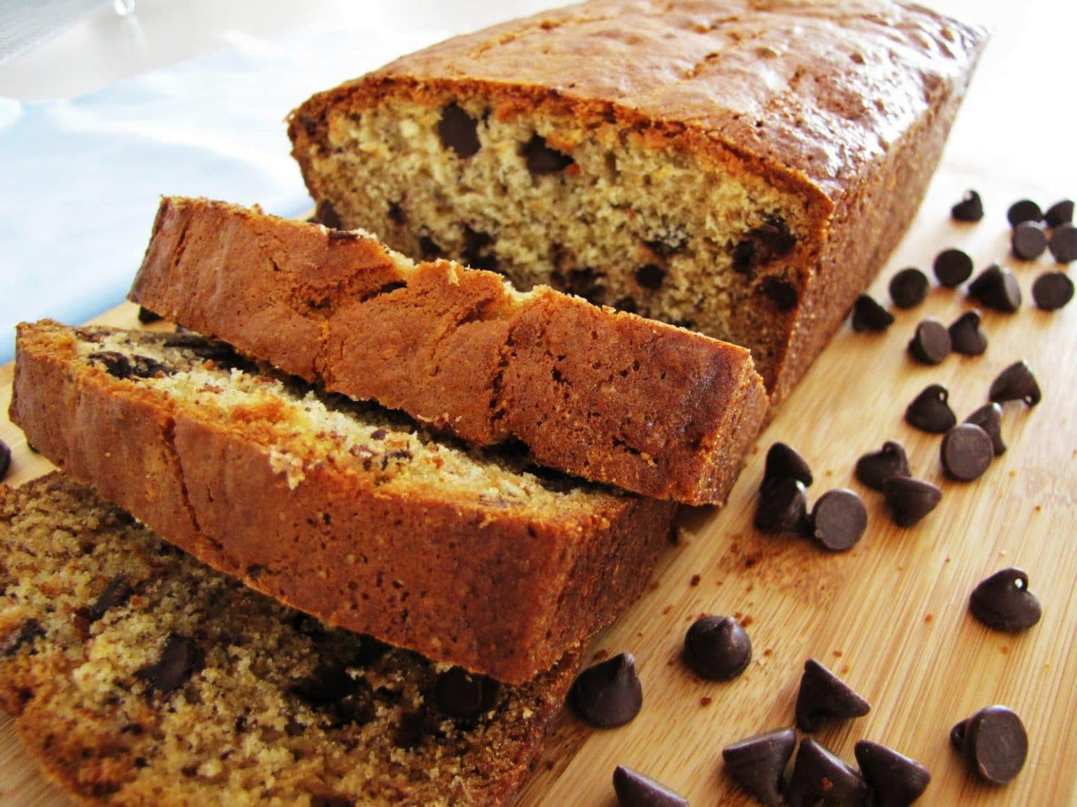 How to Bake Great Reduced-Fat Banana Bread