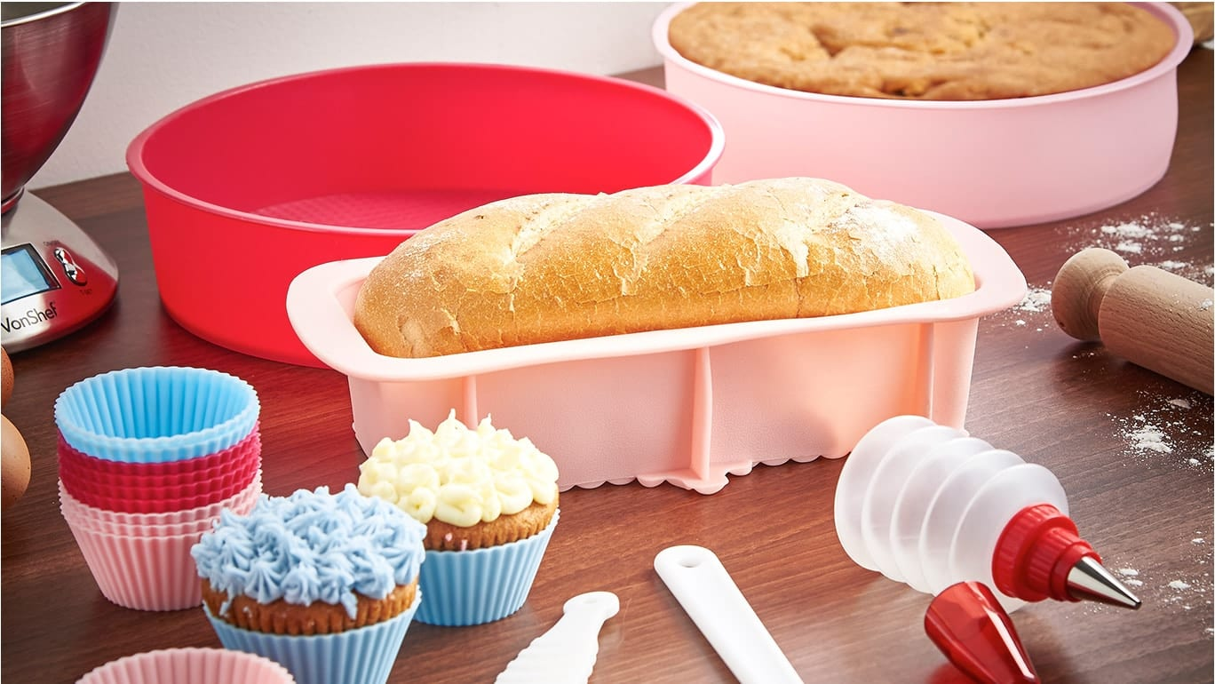 How to Clean and Care for Silicone Bakeware Sets