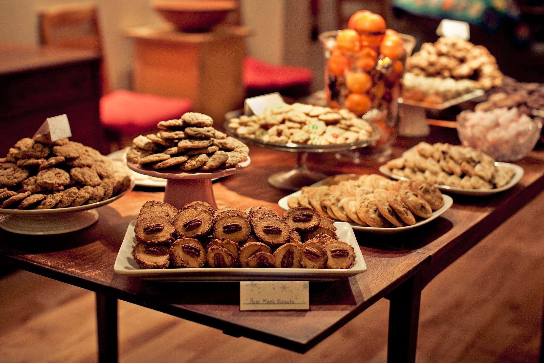 How to Host Christmas Cookie Swap Party