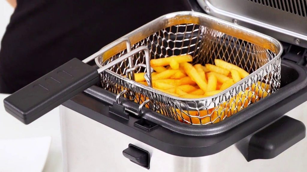 Deep Fryer Cleaning Easy