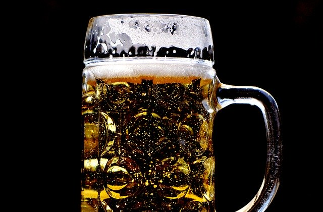 5 Best Beer Glasses for Your Kitchen