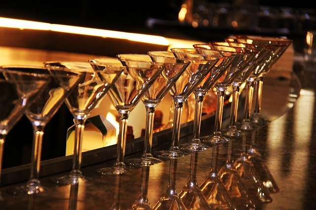 5 Best Martini Glasses for your Kitchen